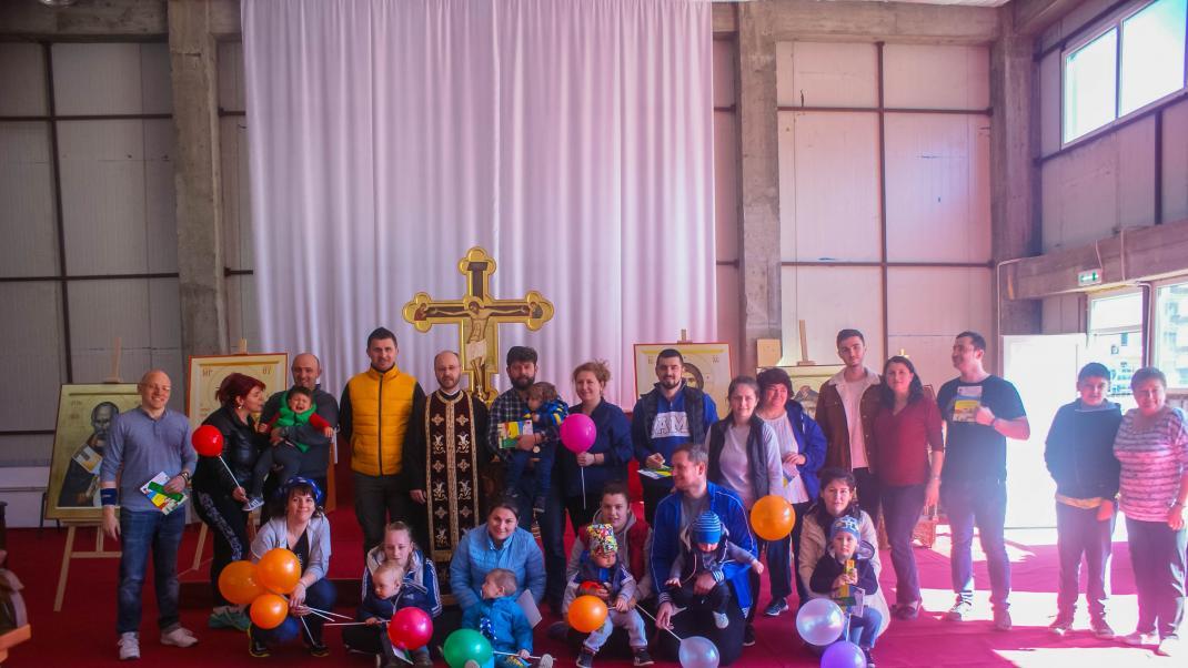 Amenajarea curţii paraclisului - exerciţiu de comunitate 23 martie 2019